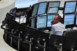 Coprire i rischi geopolitici con gli et short, online l'incontro Webank