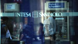 Intesa Sanpaolo a caccia di eroi @ Filiale Intesa Sanpaolo | Milano | Lombardia | Italia