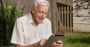 anziano pensione