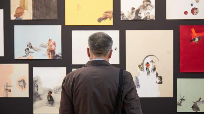 d1128865b4 Dal Deloitte Art&Finance Report 2017, report che analizza il mercato  dell'arte a livello globale, mettendone in luce prospettive, sfide e  sviluppi dal punto ...